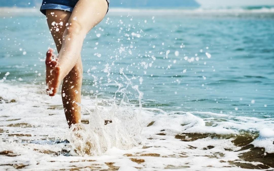 Mouiller la peau réduit la température du corps